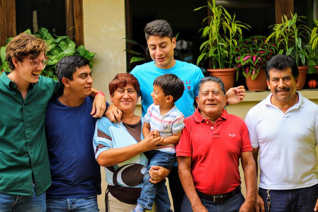 Rondreis Guatemala Antigua Gastgezin Pepe