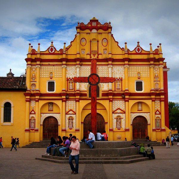 Prachtige kerk in San Cristobal de las Casas in Mexico
