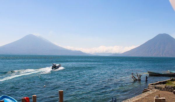 Atitlan-RondreisGuatemala-Boot
