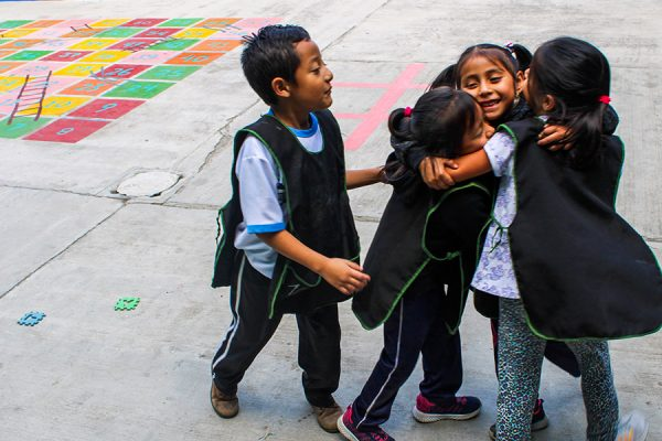 Ninos de Guatemala Travelfiesta
