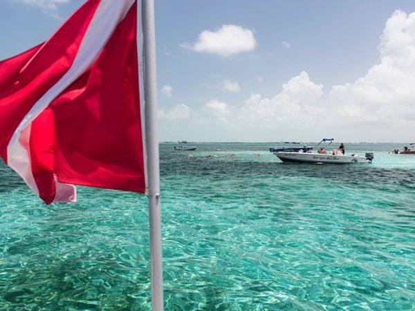 Maak een boottour tijdens je verblijf in San Pedro Belize