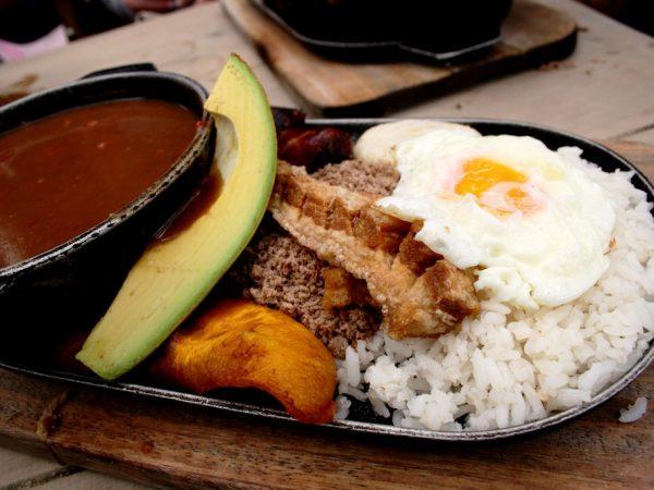 Reisadvies Colombia Lokaal Gerecht Bandeja Paisa