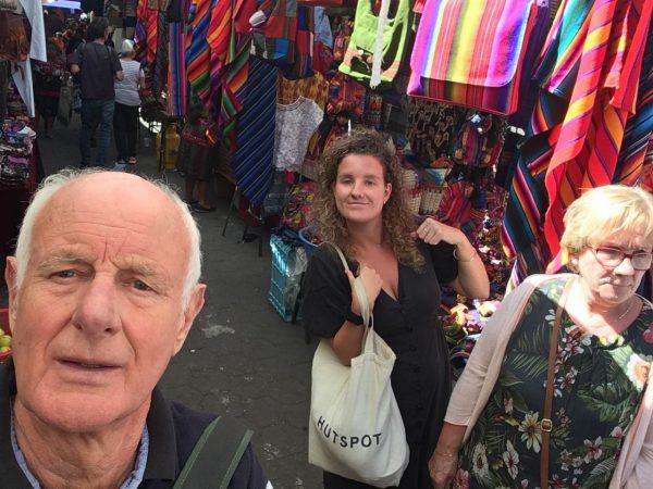 Rondreis-Guatemala-Chichicastenango-Selfie-Schippers