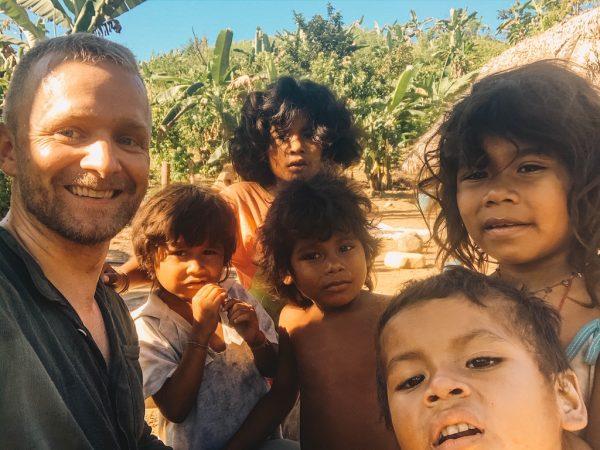 Hike door de jungle van Colombia en ontmoet de inheemse bevolking