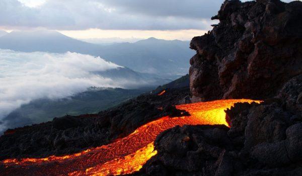rondreis-Guatemala-Vulkaan-Pacaya-1024x686
